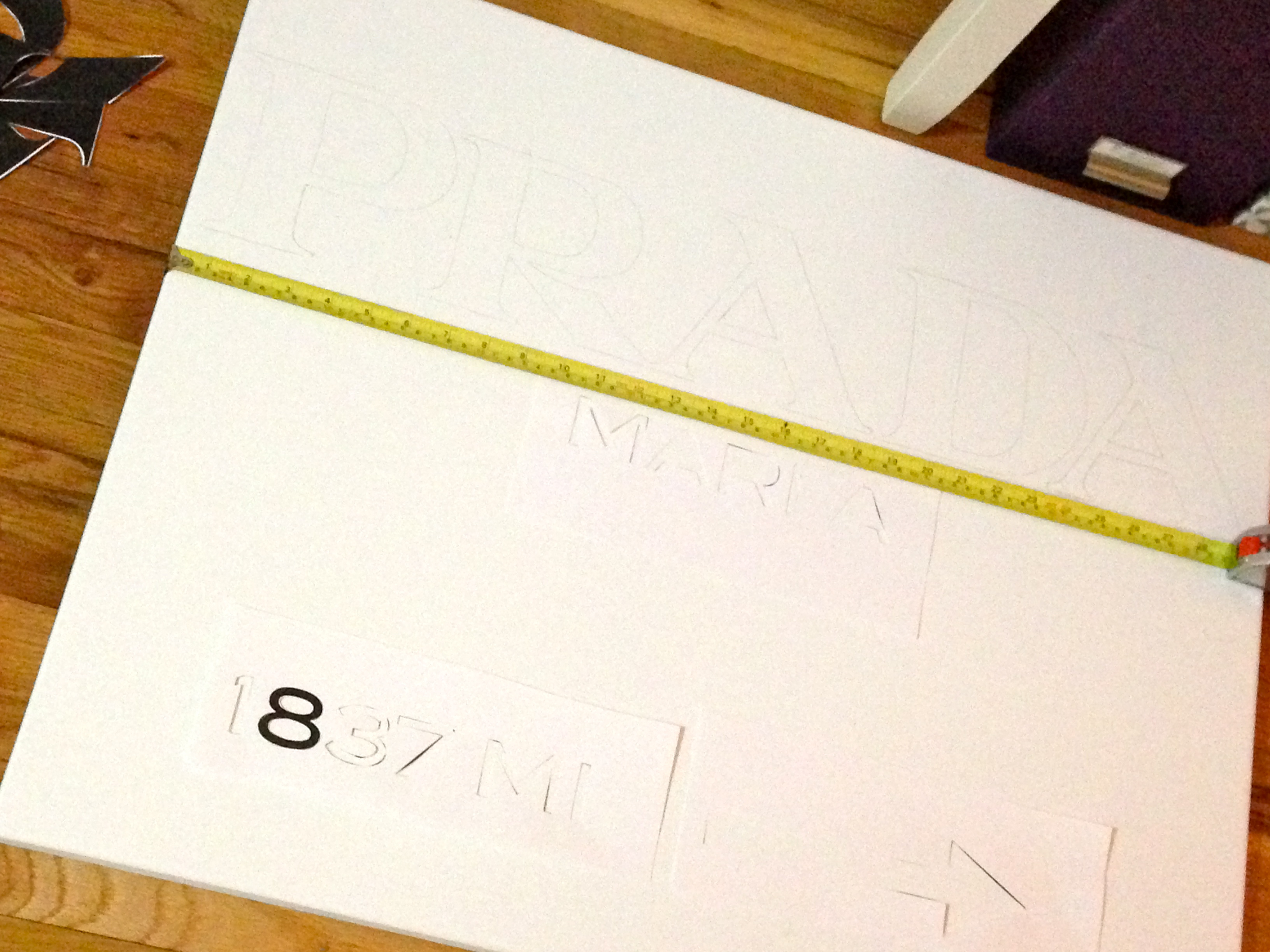 DIY: Prada Marfa Sign