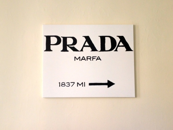 can create your very own Prada Marfa sign